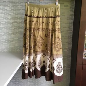 A-line Skirt Boho Look with Front Embroidery